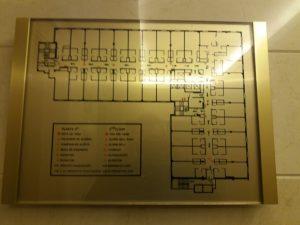 Imagen de un plano de hotel difícil de entender