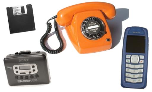 disquete, walkman, teléfono de disco y teléfono Nokia antiguo