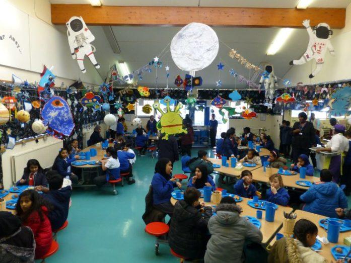 Foto de una escuela de primaria del Reino Unido